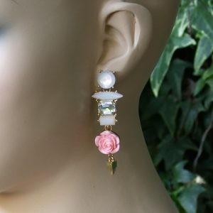 25-Drop-Rose-Pink-Flower-Clear-White-Lucite-Beads-Elegant-Earrings-Pageant-171993106860