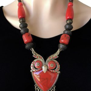 Vivid-Red-Acrylic-Lucite-Wooden-Beaded-BOHO-Owl-Bird-Statement-Necklace-172869837610