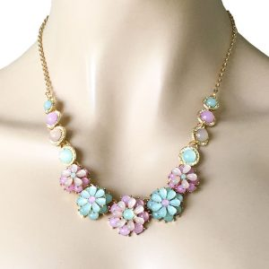 Dainty-Pastel-Shades-Rose-Mint-Flower-Necklaces-Acrylic-Lucite-Beads-Gold-Tone-361979901521