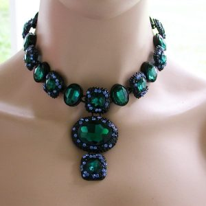 Vivid-Emerald-Green-Glass-Rhinestones-Statement-Necklace-Pageant-Drag-Queen-172183438643