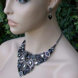 Black-Bib-Necklace-Earrings-Set-Rhinestones-Clear-Crystal-Pageant-Bridal-172014224564