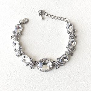 Vintage-Inspired-Silver-Tone-075-W-Clear-Crystals-Bracelet-Pageant-Bridal-362049473735