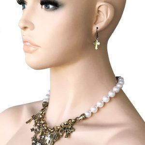 Antique-Gold-Tone-CrossFaux-Pearl-Charmed-Necklace-Set-RhinestonesBridal-172612779226