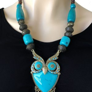 Turquoise-Blue-Acrylic-Lucite-Wooden-Beaded-BOHO-Owl-Bird-Statement-Necklace-172869834596