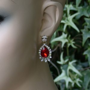 125-Long-Vintage-Inspired-Red-Glass-Crystals-Earrings-Leopard-Face-Post-361543926957