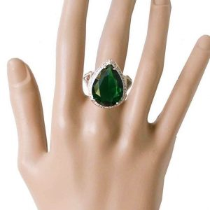 Heavy-Teardrop-Shape-Simulated-Emerald-Green-Crystal-Statement-Ring-Sizes-7-361952907787