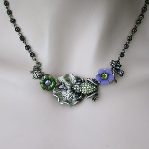 Frog-On-Garden-Necklace-By-La-Contessa-Signed-Mary-DeMarco-Made-in-USA-361534732678
