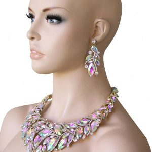Luxurious-Acrylic-Aurora-Borealis-Statement-Necklace-Pageant-Drag-QueenBridal-172315908378